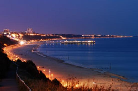 bournemouth-at-night